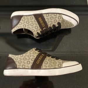 Guess canvas Sneakers
